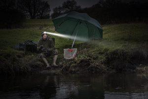 Lampe frontale Energizer pêche